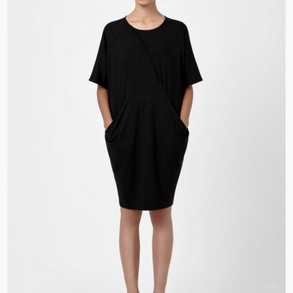 Damenmode Black Dress Size 12 With Pockets And Dolman Sleeves